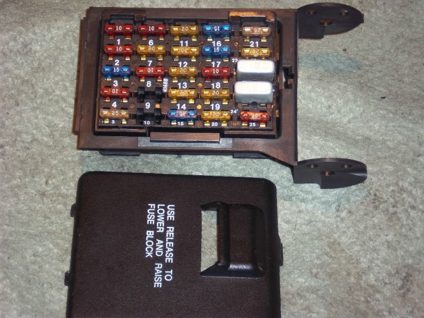 Cadillac Fuse For Dashboard